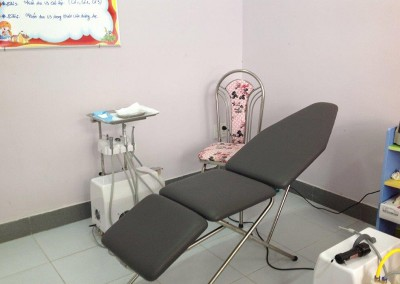 Mobile dental chair